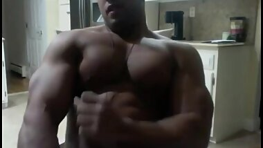 Black Muscle Hunk Cums